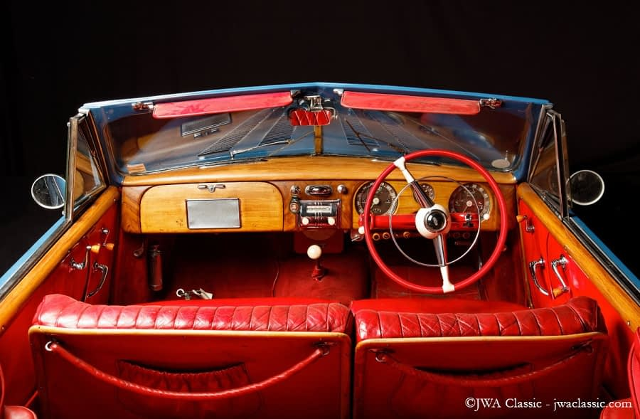 From JWA Classic cars collection : Delahaye 235 Breitling view with steering wheel